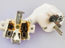 Bild eines verkohlten Steckers